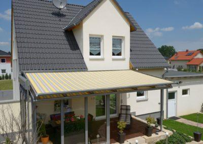 Terrassendach mit Überglas-Beschattung